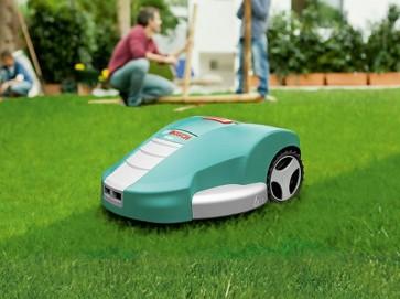 Robot rasaerba Bosch Indego 2,4 V taglio 26cm AUTOMATICO