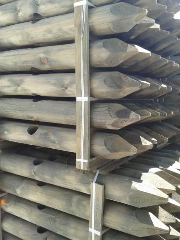 Palo in legno pino FORATI 14X135 150 scortecciati per steccati recinzioni